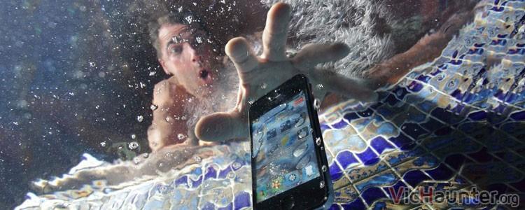 Cómo recuperar un smartphone mojado